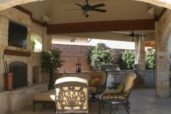 Outdoor Living Hip Roof